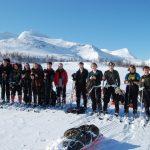 Friluftsliv lett -  Lang rekke på skitur i fjellet