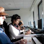 Writing, Ableton, Folkehøgskole, musikkproduksjon, musikk, keyboard, girl