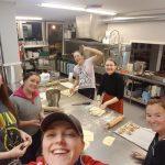 Folkehøgskole, baking, boller, smil